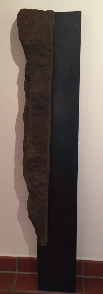 Nr. 9 Fragment 2018 Granit und Stahl 120 x 24 x 12 cm